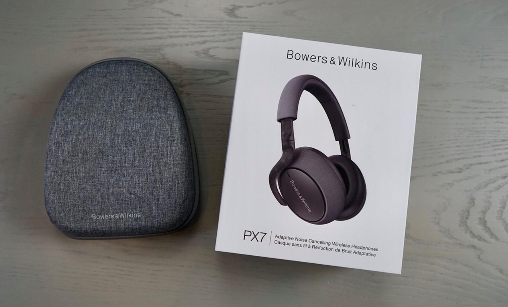 Звучание Bowers & Wilkins PX7