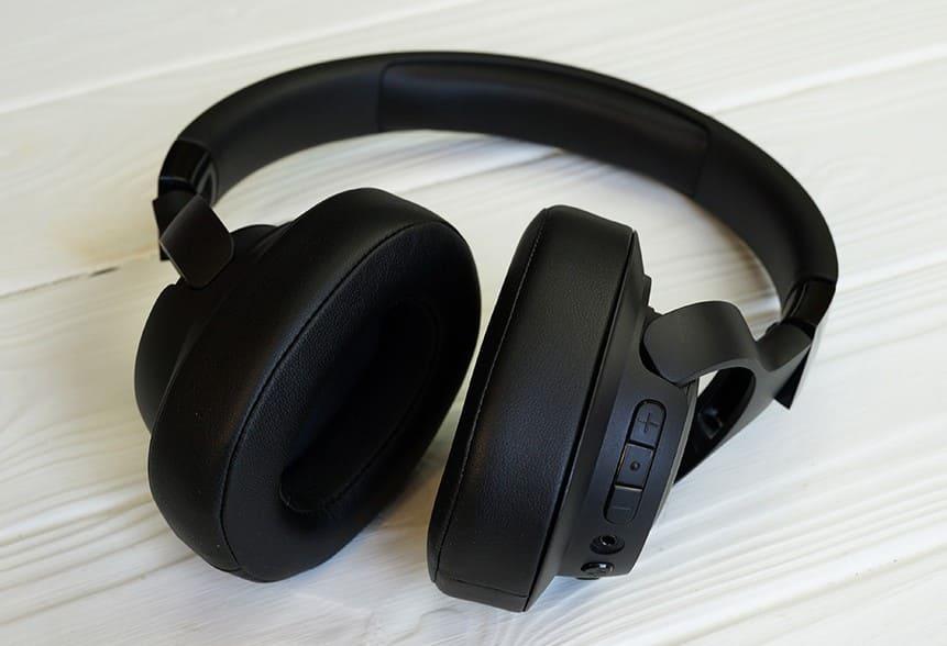 Обзор JBL Tune 750BTNC