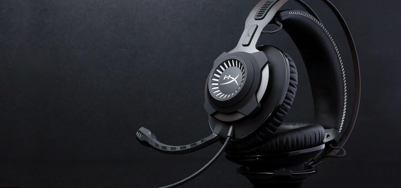 лучшие игровые наушники HyperX Cloud Revolver S