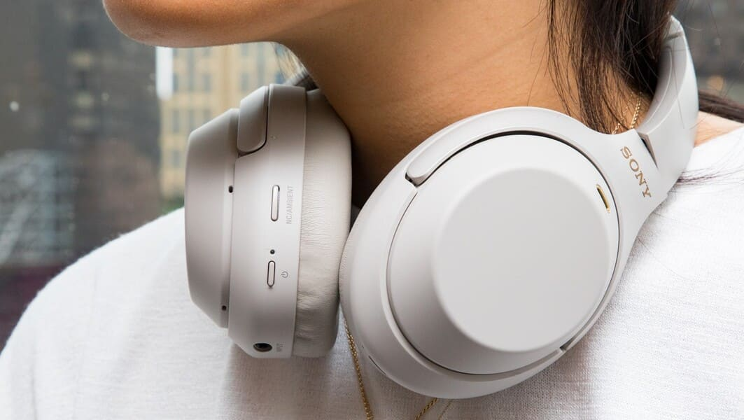 наушники для музыки Sony WH-1000XM4