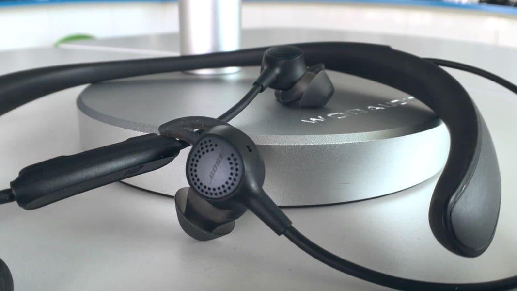 Лучшие наушники с шумоподавлением Bose QC30