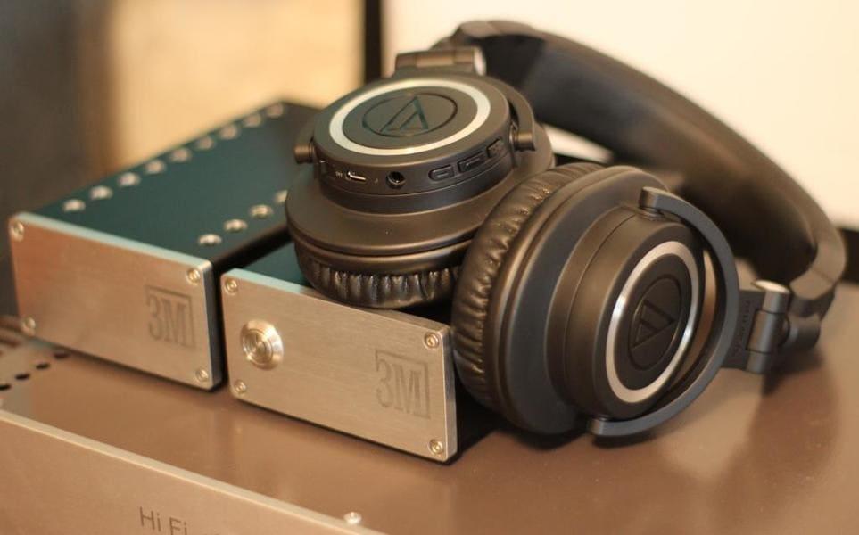 Лучшие полноразмерные наушники Audio-Technica ATH-M50xBT