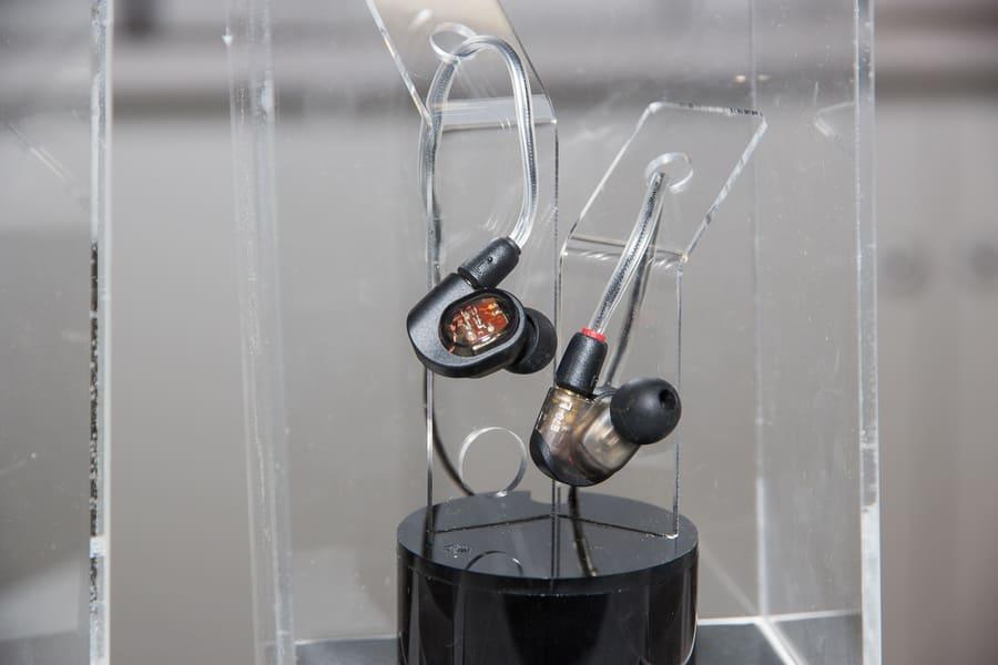 Лучшие вакуумные наушники Audio-Technica ATH-E70
