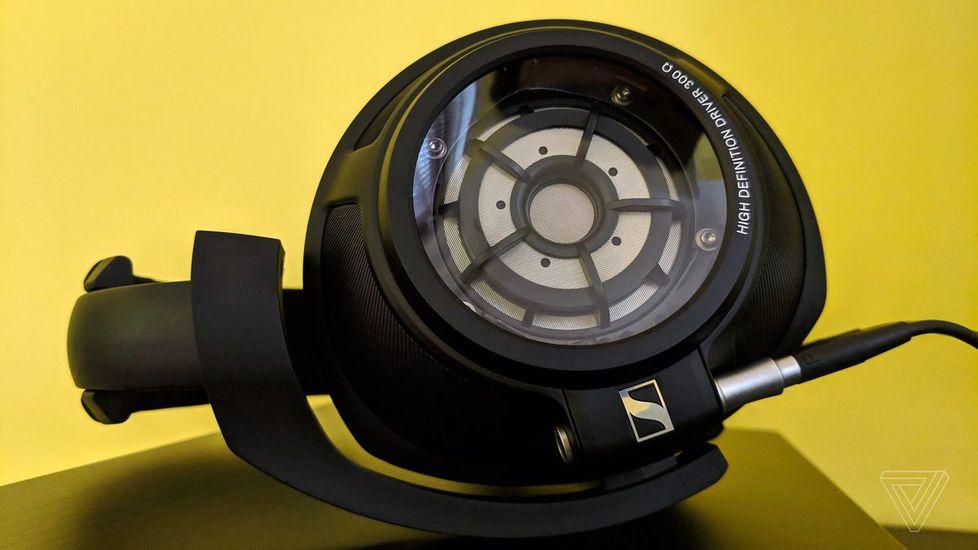 Наушники для телефона Sennheiser HD 820