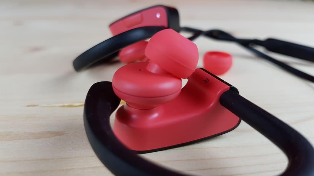 лучшие наушники для айфона Beats Powerbeats3 Wireless