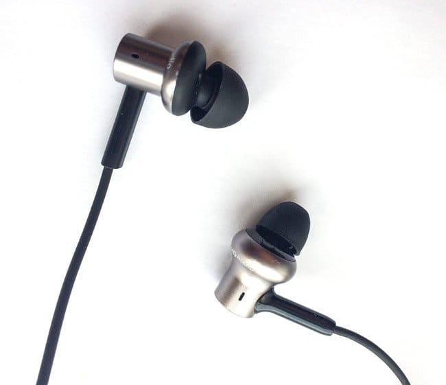 Лучшие наушники для iPhone Xiaomi Mi In-Ear Headphones Pro 2