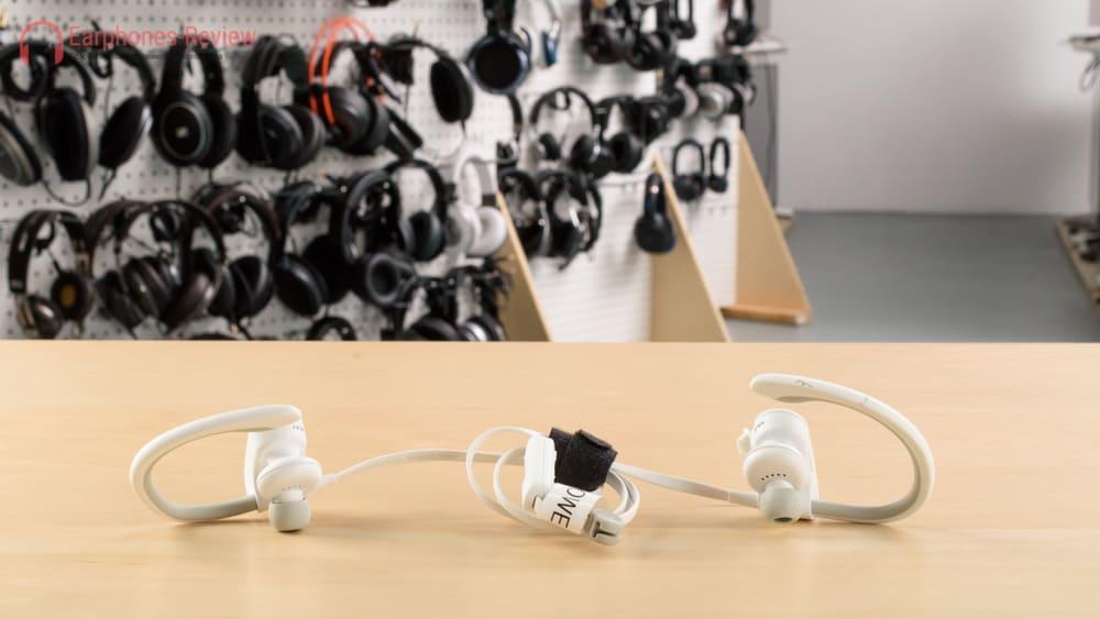 лучшие недорогие беспроводные наушники Powerbeats2 Wireless Earphones Black