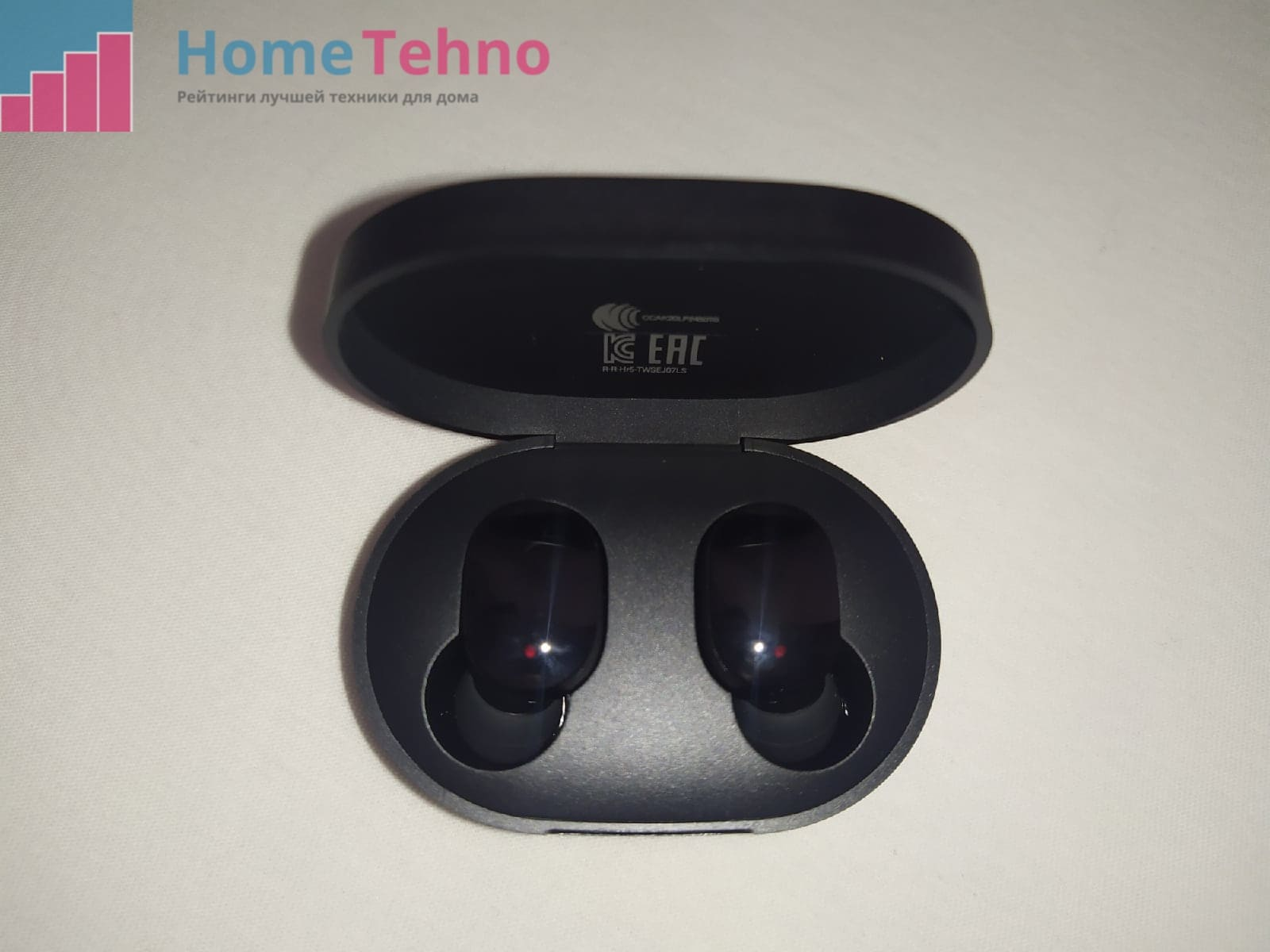 Дизайн Mi True Wireless Earbuds Basic 2S